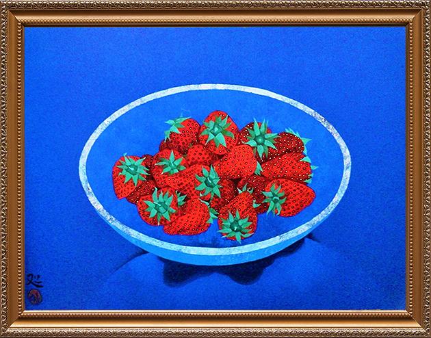 ガラス鉢に苺